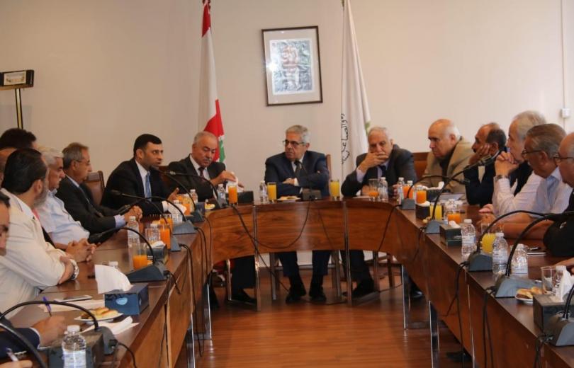 تنمية العلاقات الاقتصادية بين لبنان والعراق والمشاركة في معرض بغداد الدولي.