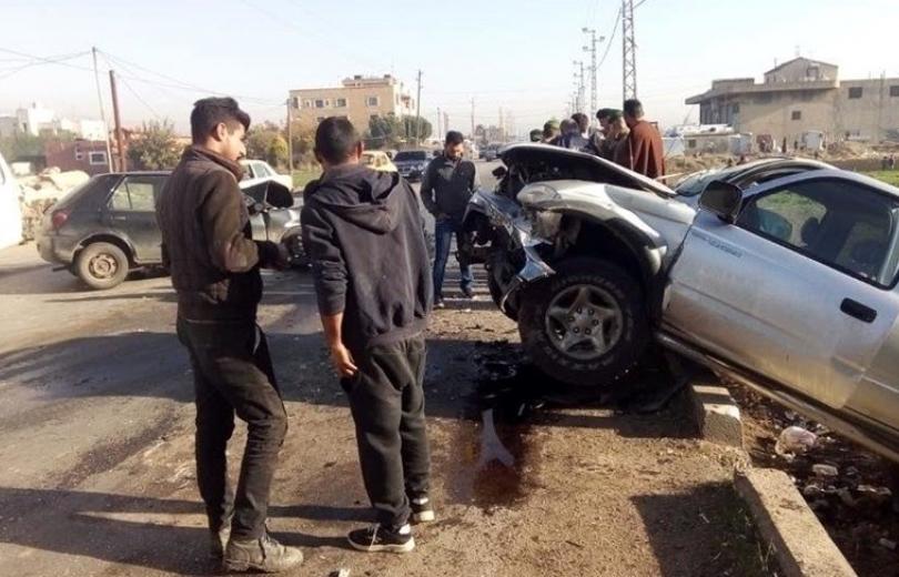 8 جرحى في حادث سير على طريق عام ديرزنون - رياق