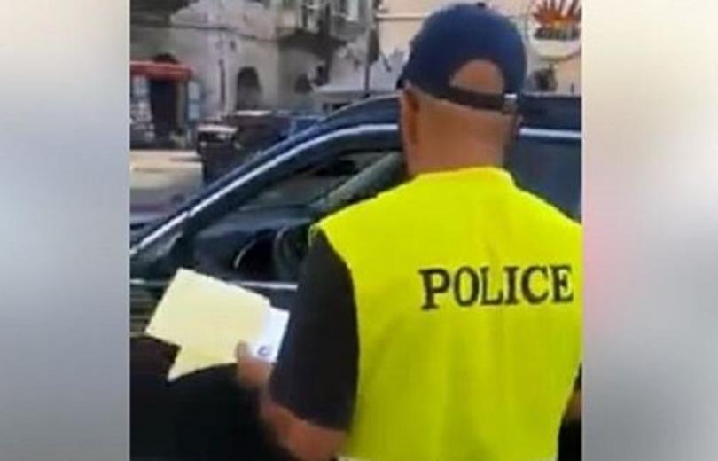 شرطي سوري في ملاك احدى البلديات