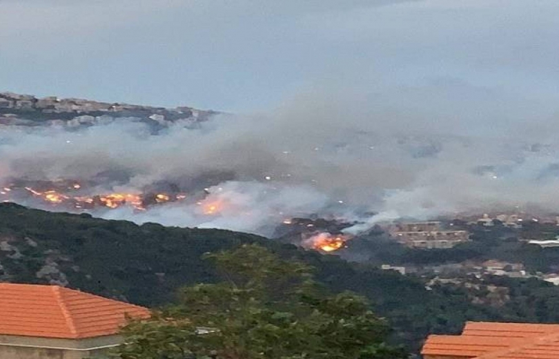 الحرائق تحاصر لبنان