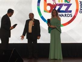 افرام يتسلم  ثلاث جوائز في ماليزيا ويهديهم الى لبنان