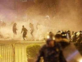 مواجهات وحالات اختناق... هذا ما حصل في بيروت ليلاً