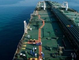 هوية السفن التي تعرضت للتخريب في الفجيرة وايران تتحدث عن طرف ثالث