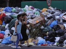 افرام حذر من تكاثر كارثي للجراثيم من جراء النفايات وتعرضها لاشعة الشمس