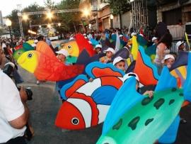 عالم البحار في مهرجان عربات الزهور في زحلة