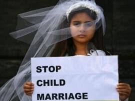 زواج القاصرات جريمة يومية في العالم العربي - بقلم ريما الغضبان