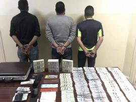 توقيف أفراد عصابة تقوم بضخ كميات كبيرة من العملة المزيفة في السوق اللبنانية وضبط كمية كبيرة منها