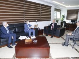 وزير الصحة أعلن عن عقد شراكة مع الجامعة اللبنانية لتدريب طلاب الطب: مستمرون في دعم المستشفيات الحكومية أيوب: لتطوير القطاع الإستشفائي