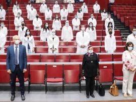 إطلاق الدفعة السادسة عشر لأطباء الاختصاص في جامعة بيروت العربية