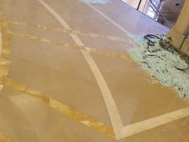 مصلحة الابحاث تحذر من تطاير الزجاج المتكسر