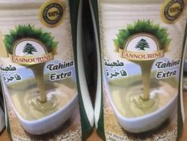 أبو فيصل منتجات مصرية تحمل صورة الارزة اللبنانية والحكومة تحجر الصناعيين