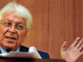 اسماعيل سكرية: ألوهية براءة الاختراع تحجب تركيب اللقاحات عن الدول النامية