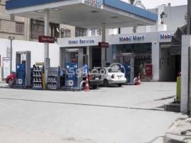 النيابة العامة الاستئنافية في البقاع توقف صاحب محطة محروقات في النبي شيت