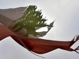 لبنان.. من خراب حكم الطوائف إلى الفوضى والجوع