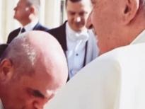 أعظم قصة لقائي قداسة البابا فرنسيس - بقلم الدكتور ميشال افرام